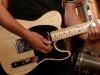 rock-roll-gitarist-door-de-lens-van-rick-van-den-hengel