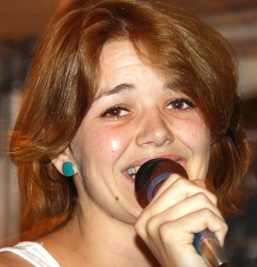 zangeres-op-het-feest-van-andre-en-sandra